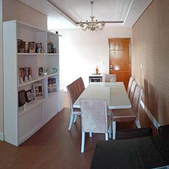 Apartamento em Jacareí, bairro Jardim Coleginho