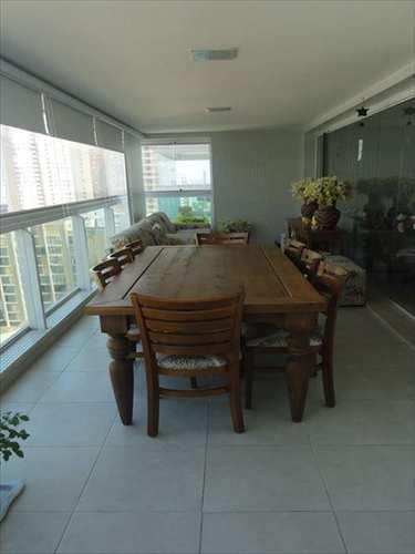Apartamento, código 290600 em Santos, bairro Embaré