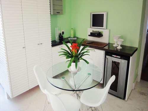 Apartamento, código 274700 em Santos, bairro Gonzaga