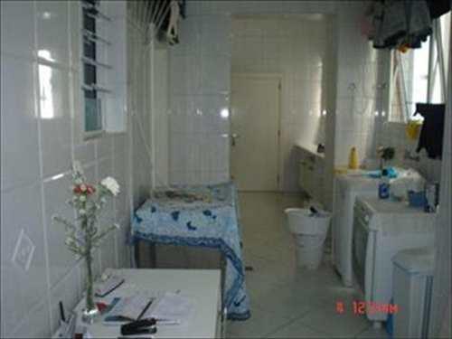 Apartamento, código 255400 em Santos, bairro Boqueirão