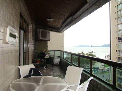 Apartamento, código 227800 em Santos, bairro Embaré