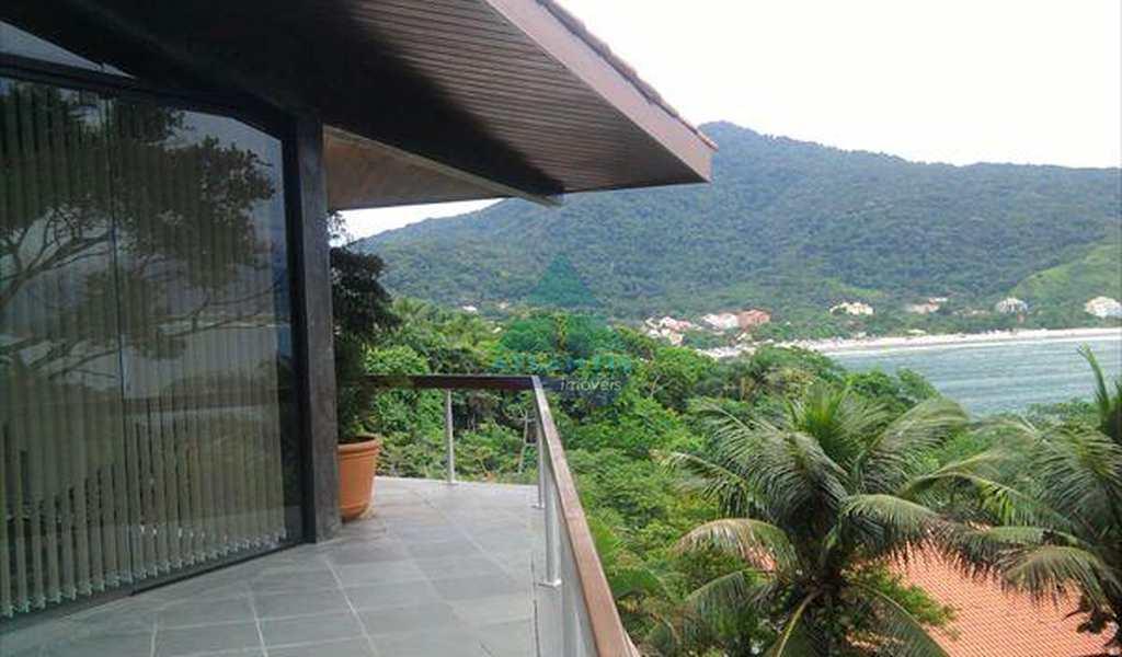 Casa em Ubatuba, bairro Ponta das Toninhas