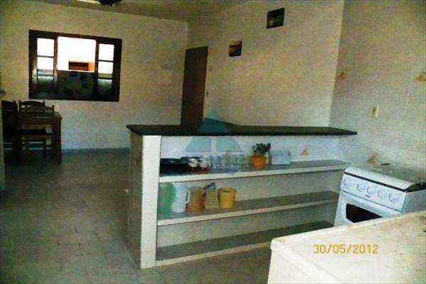 Casa Comercial em Ubatuba, bairro Praia Sape