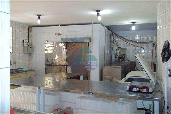 Casa Comercial em Ubatuba, bairro Maranduba
