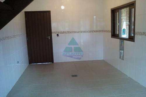 Casa, código 194 em Ubatuba, bairro Horto Florestal
