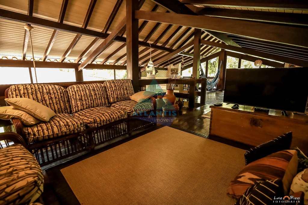 Casa em Ubatuba, no bairro Praia Vermelha do Sul