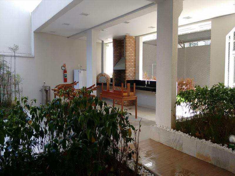 Apartamento em São Paulo, no bairro Vila Bertioga