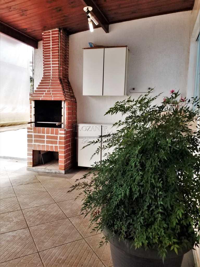 Sobrado em São Bernardo do Campo, no bairro Jardim Chácara Inglesa
