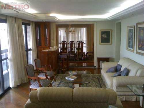Apartamento, código 2100 em São Paulo, bairro Morumbi