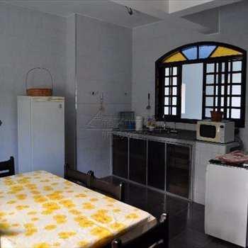 Casa em Ubatuba, bairro Perequê Mirim