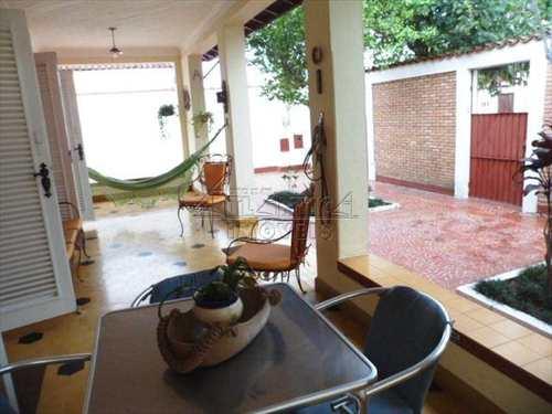Casa, código 154 em Ubatuba, bairro Centro