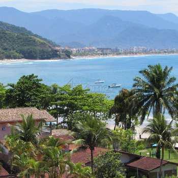 Kitnet em Ubatuba, bairro Praia das Toninhas