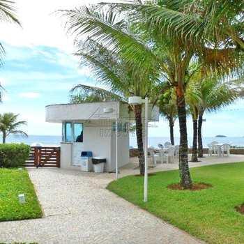 Cobertura em Ubatuba, bairro Praia das Toninhas