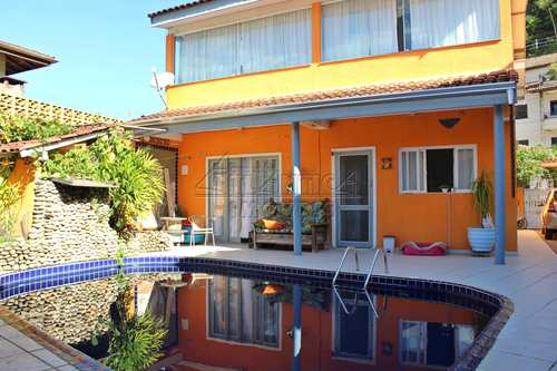 Casa, código 3443 em Ubatuba, bairro Praia das Toninhas
