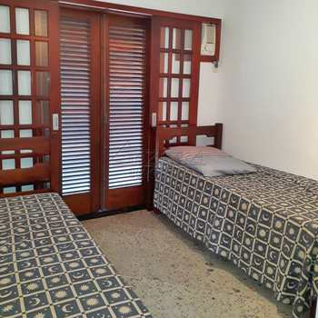 Casa de Condomínio em Ubatuba, bairro Saco da Ribeira