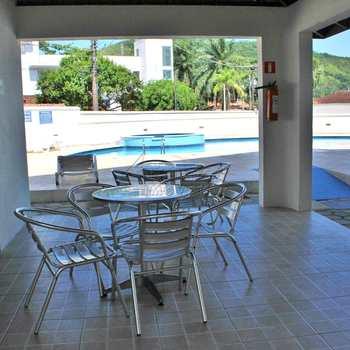 Apartamento em Ubatuba, bairro Praia da Enseada