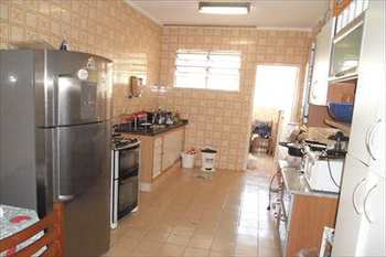 Apartamento, código 293 em São Vicente, bairro Centro