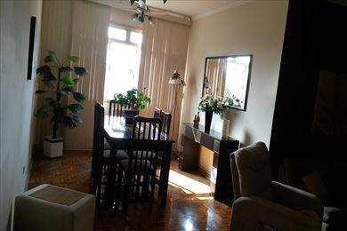 Apartamento, código 482 em São Vicente, bairro Centro