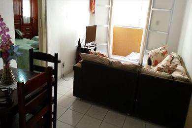 Apartamento, código 473 em São Vicente, bairro Centro