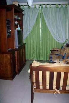 Apartamento, código 129 em São Vicente, bairro Jardim Independência