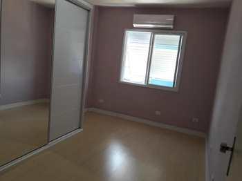 Apartamento, código 518 em São Vicente, bairro Centro