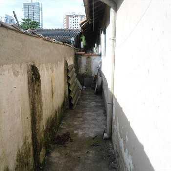 Terreno em Santos, bairro Estuário