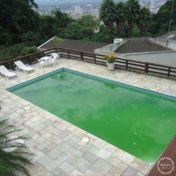 Sobrado em Santos, bairro Morro Santa Terezinha