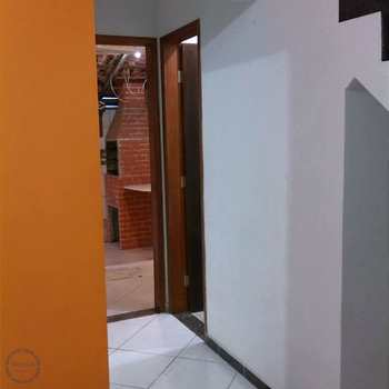 Casa de Condomínio em São Vicente, bairro Vila Cascatinha