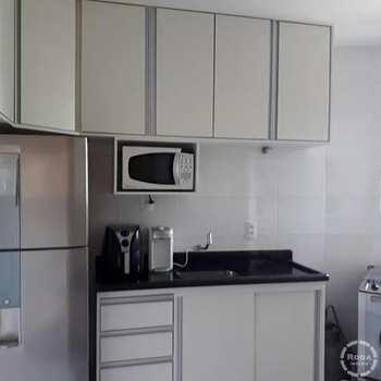 Apartamento em Santos, bairro Saboó