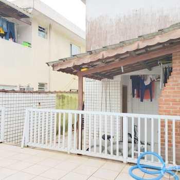 Casa em São Vicente, bairro Vila Voturua