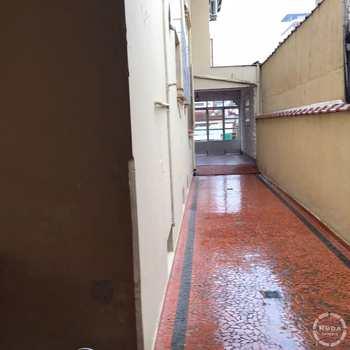 Casa em Santos, bairro Encruzilhada