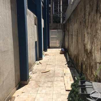 Prédio em Santos, bairro Boqueirão