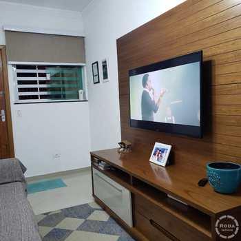 Casa em Santos, bairro Boqueirão