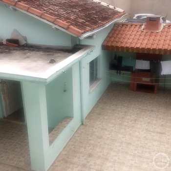 Sobrado em Santos, bairro Boqueirão