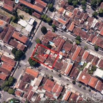 Terreno Comercial em Santos, bairro Embaré