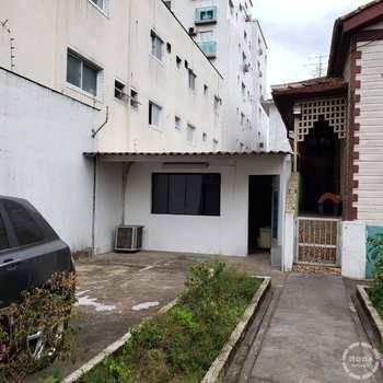 Terreno Comercial em Santos, bairro Boqueirão