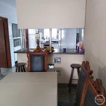 Casa em Santos, bairro Areia Branca