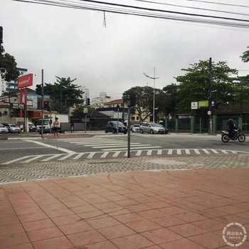 Casa Comercial em Santos, bairro Estuário