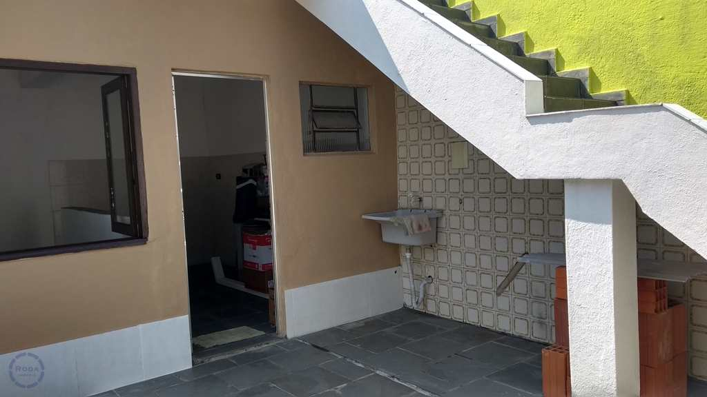 Casa em Guarujá, no bairro Jardim Primavera