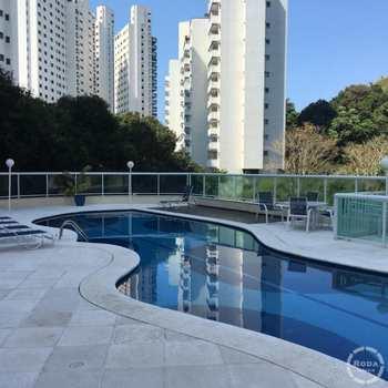 Apartamento em Guarujá, bairro Jardim Astúrias