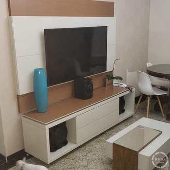 Apartamento em Guarujá, bairro Centro