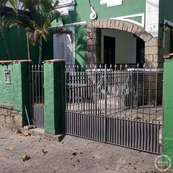 Casa Comercial em Santos, bairro Macuco