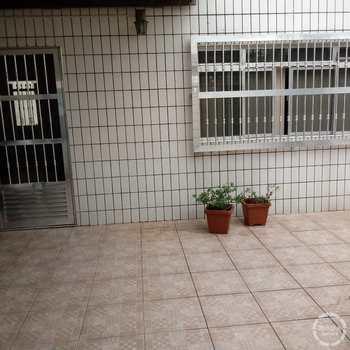Casa em São Vicente, bairro Parque Continental