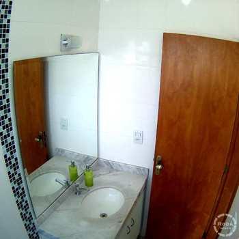 Casa de Condomínio em Santos, bairro Aparecida