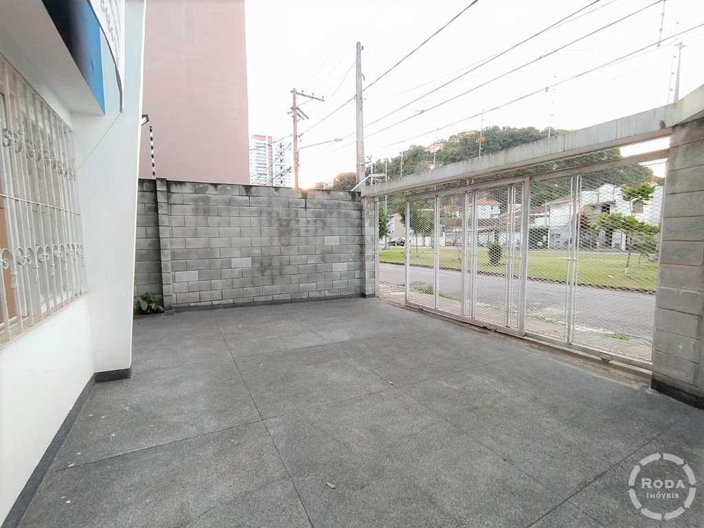 Sobrado em Santos, no bairro José Menino