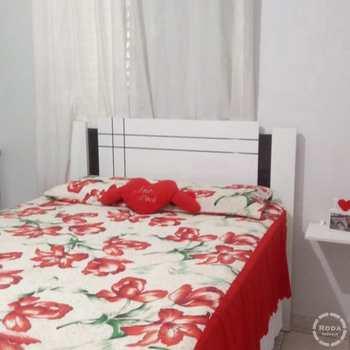 Apartamento em Cubatão, bairro Vila Ponte Nova