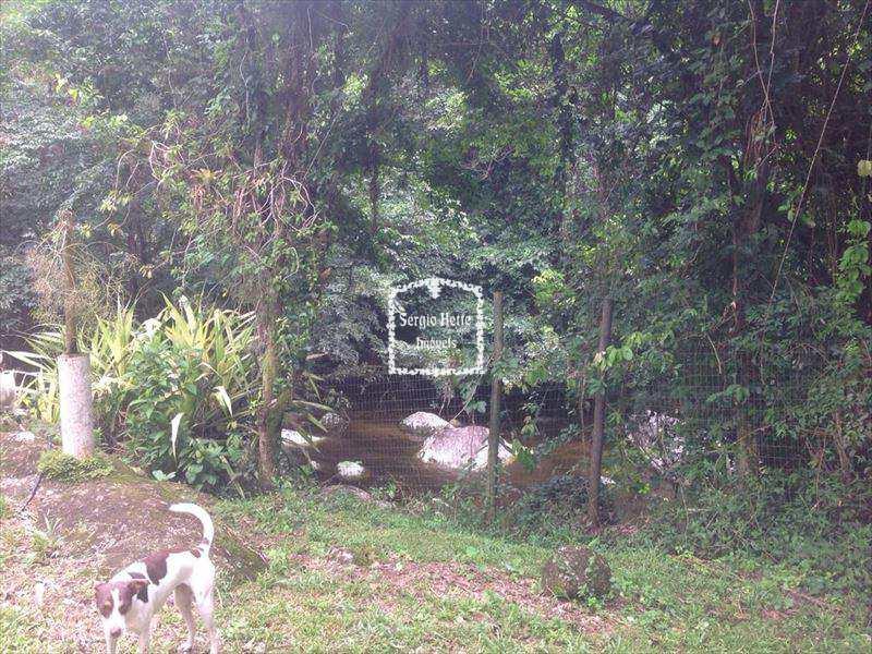 Casa em Ilhabela, no bairro Água Branca