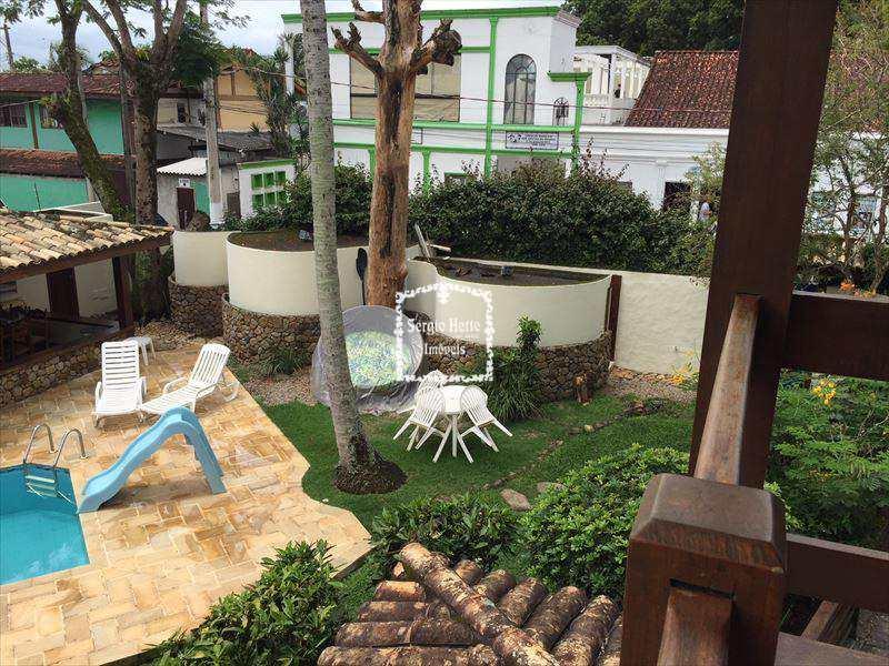Sobrado em Ilhabela, bairro Perequê