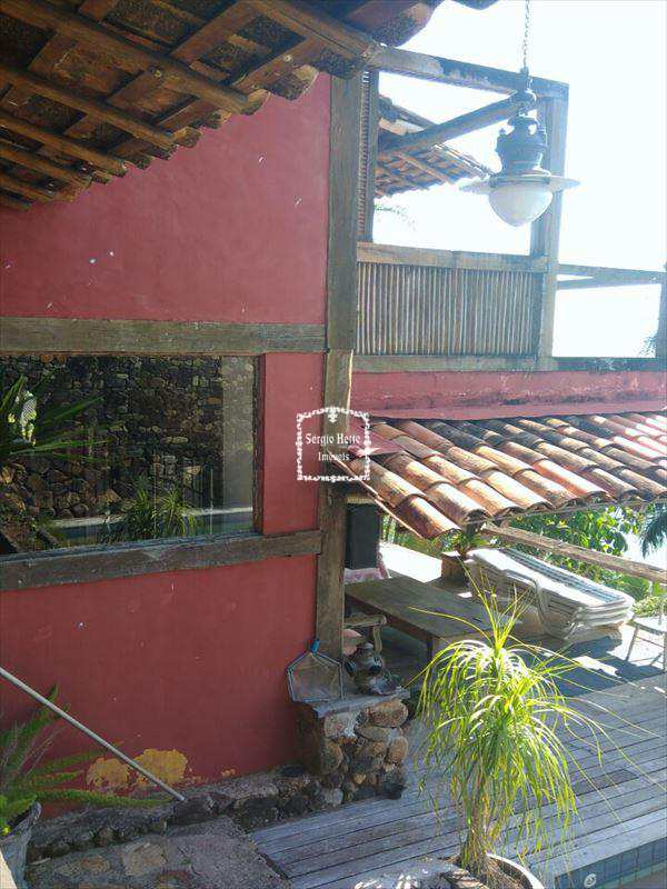 Sobrado em Ilhabela, no bairro Sul