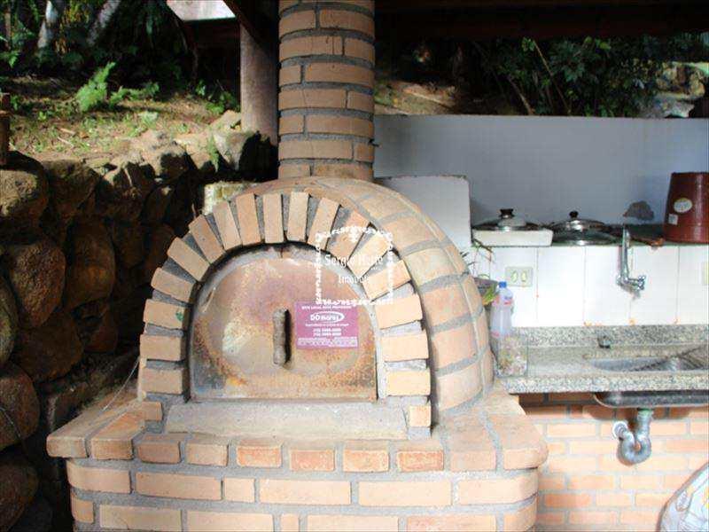 Casa em Ilhabela, no bairro Siriúba